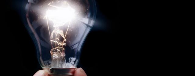 V České republice existuje vsoučasnosti více než 25 000 fotovoltaických elektráren (FVE).*Sluneční elektrárnaje technické zařízení, kterým se přeměňujeenergieze slunečního záření na energiielektrickou. Podle Zákona ČNR č.133/1985 Sb., opožární ochraně, vplatném...